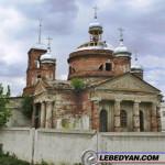 Николаевская церковь. Лебедянь. Ведутся восстановительные работы. Июнь 2007г.