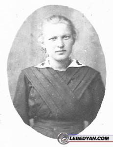 Варвара Александровна Князькова (Гроздова). 1920 год.