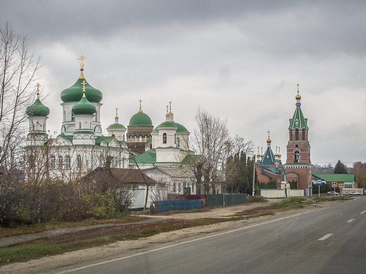 монастырь в Троекурово