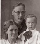 Евгений Васильевич Стрельников с семьей