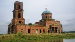 Боголюбская церковь села Большие Избищи. Внешний вид. Фото автора 2008 г.
