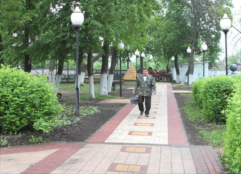 городской парк в Лебедяни (май 2016)