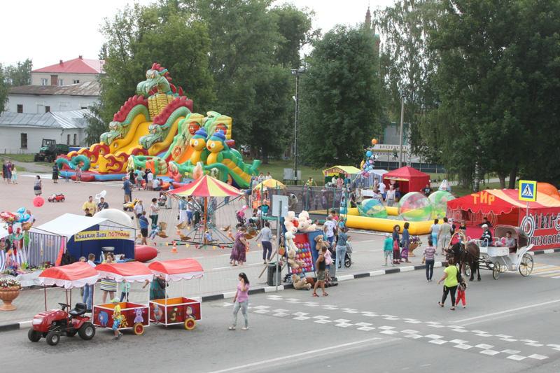 ярмарка в Лебедяни 23 июля 2016 года