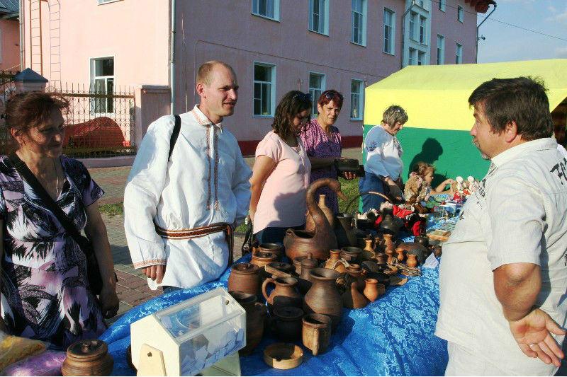 Дом ремесел на ярмарке в Лебедяни 23 июля 2016 года