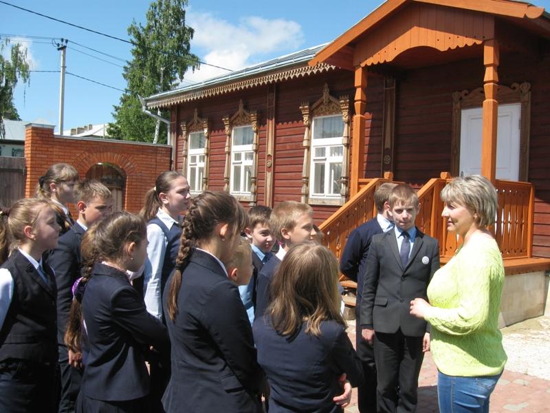 экскурсия школьников в дом-музей Евгения Замятина