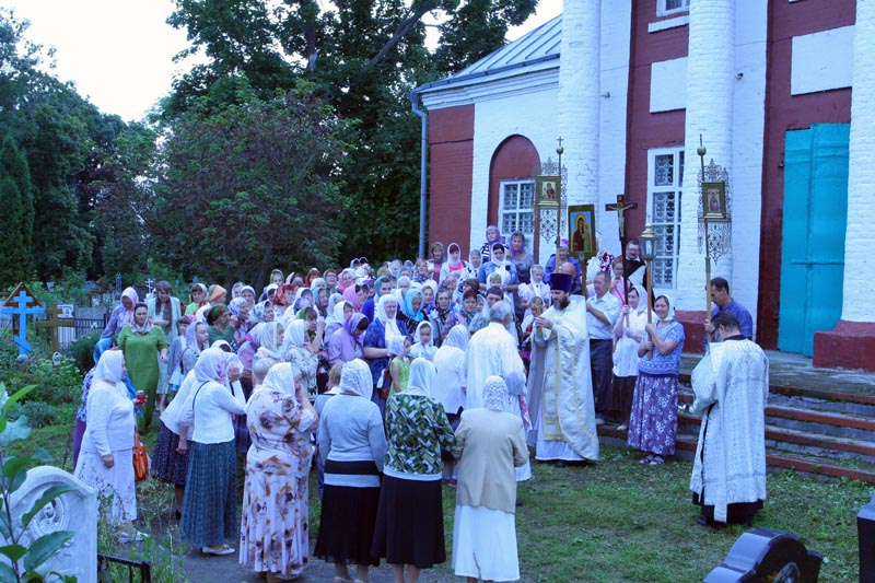 праздничная служба в Преображенском храме Лебедяни