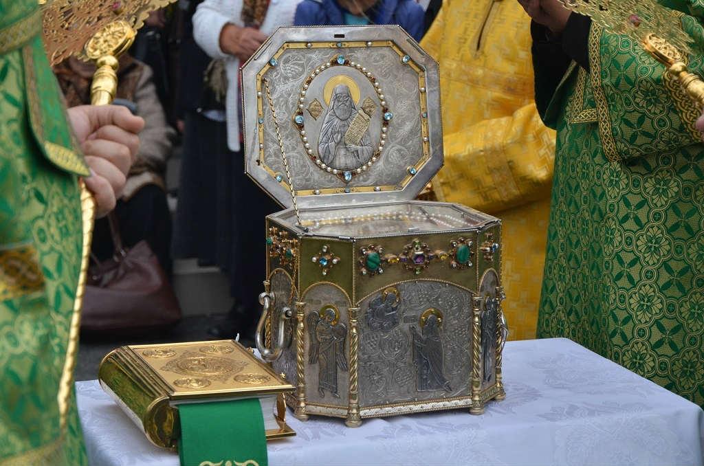 мощи преподобного силуана афонского доставлены в шовское