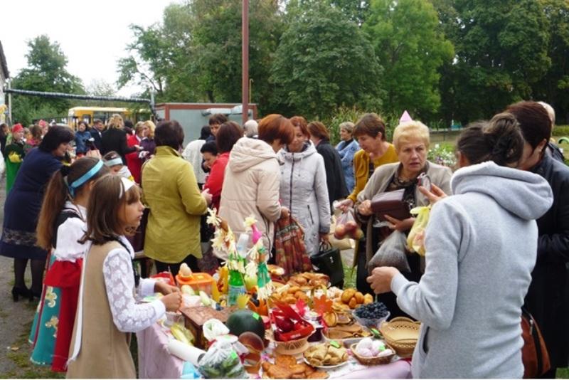 в Шовском прошла школьная ярмарка