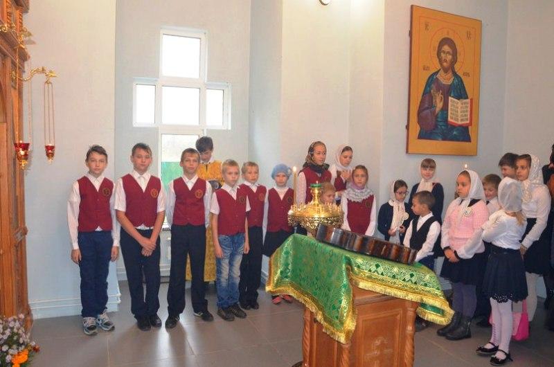 воспитанники воскресных школ посещают шовское