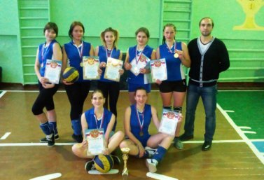 komanda-lpk-po-volleybalu-2016