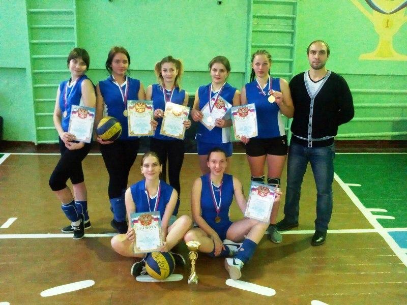 komanda-lpk-po-volleybalu-2016