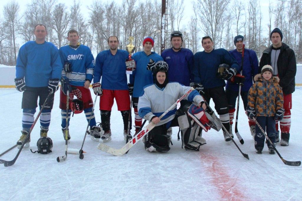 molodezhnaya_komanda_po_hokkeyu_pobeditel_kubka_glavy_lebedyanskogo_rayona