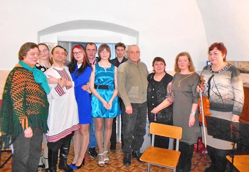 v_kulturnom_tsentre_pozdravlyali_borisa_grigorieva