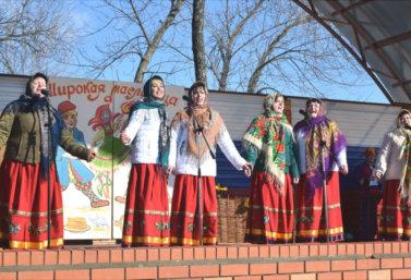 maslenitsa_v_lebedyani_v_fotoreportazhe_vladimira_akimova