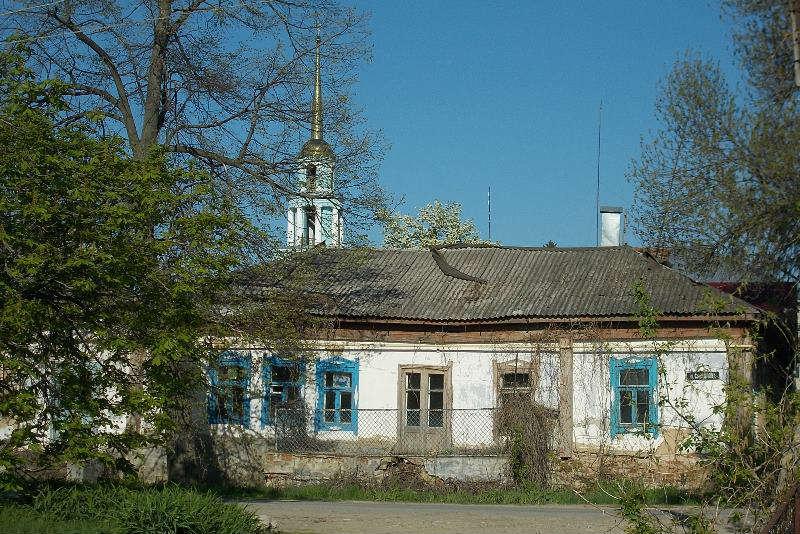 dom_na_uglu_pochtovoi_i_Sverdlova