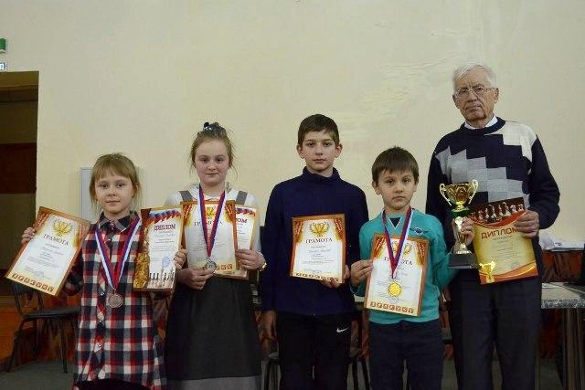 юные шахматисты из Лебедяни
