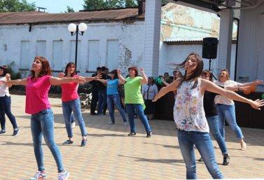 III конкурс танцевальных флэшмобов в Лебедяни