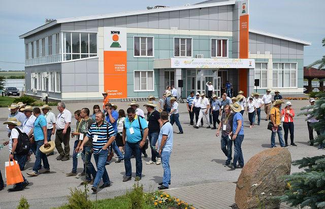 «День поля» на опытной станции KWS в Докторово