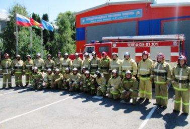Сотрудники отдельных пожарно-спасательных постов Лебедянского района