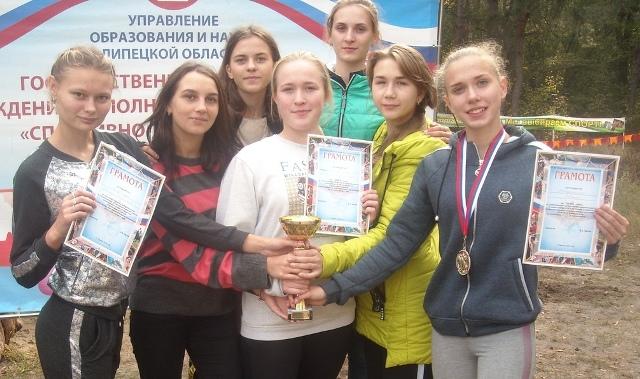 студентки педколледжа - победители областного легкоатлетическогоо кросса