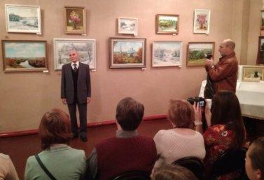 В Лебедяни открылась выставка картин художника А.Т. Кириллова