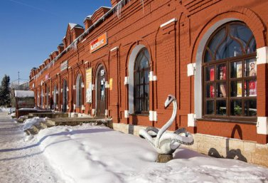 Торговые ряды в Лебедяни (фото Л.М. Крапивиной)