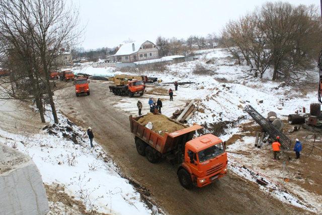 строительство моста в Лебедяни (февраль 2019)