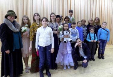 театр Улыбка выступил в селе Мокрое