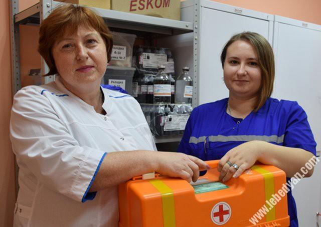 сотрудники скорой медицинской помощи