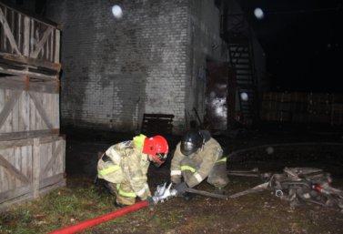 В селе Вторая Куликовка горел склад