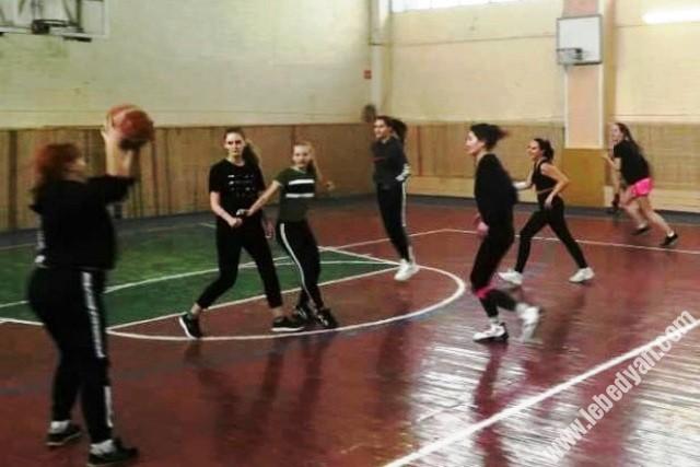 турнир по баскетболу памяти М.В. Каковкина