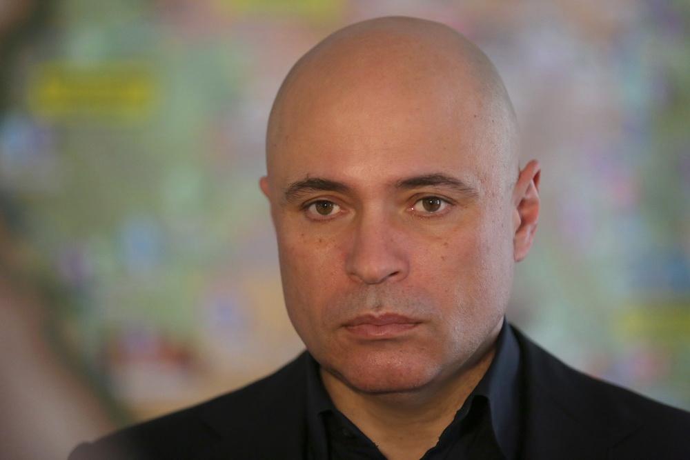 Губернатор Игорь Артамонов ввел режим всеобщей изоляции