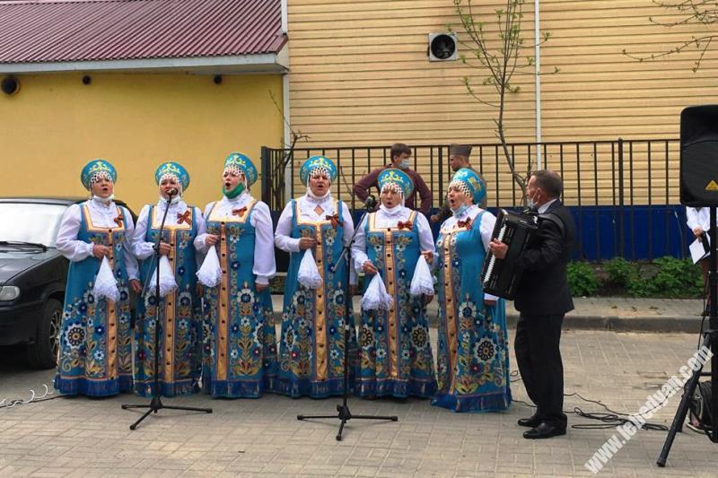 """Всероссийская акция """"Поём двором"""" в Лебедяни"""