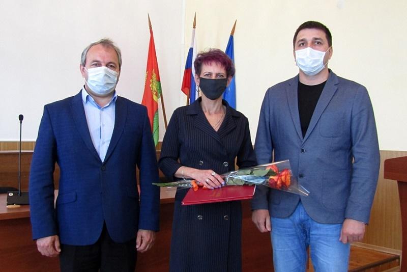 С.И. Соболев и Р.Ю. Панфилов на награждении в Лебедянской районной администрации 29 мая 2020 г.