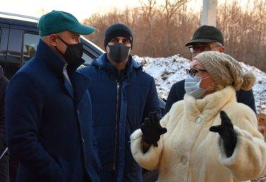Губернатор Игорь Артамонов побывал в Сезеново