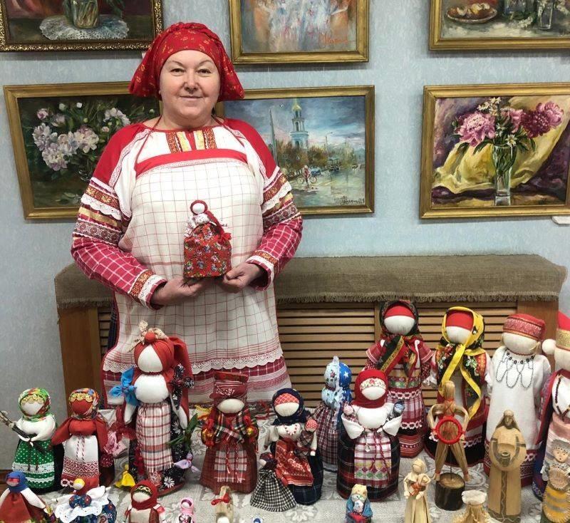 Марина Молчанова и ее куклы