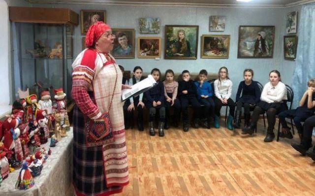 Мастер-шоу Марины Молчановой в Доме ремесел