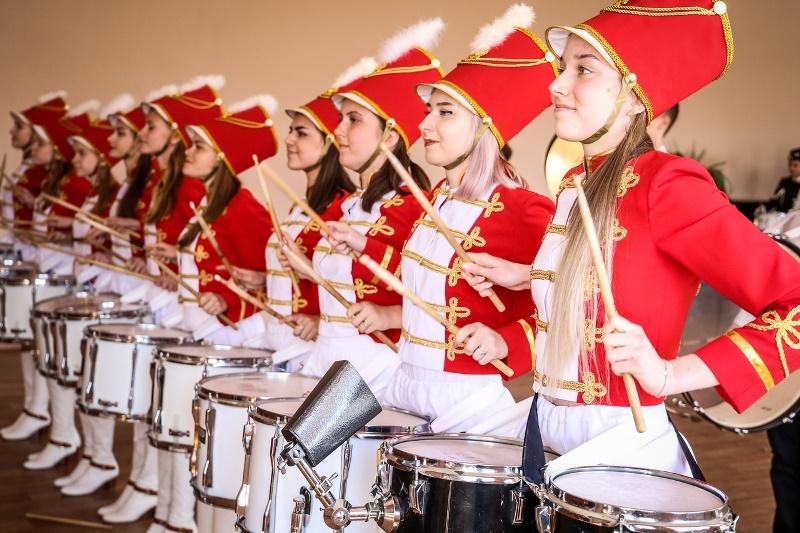 Межрегиональный шоу-конкурс духовых оркестров и ансамблей мажореток и барабанщиц в г. Елец
