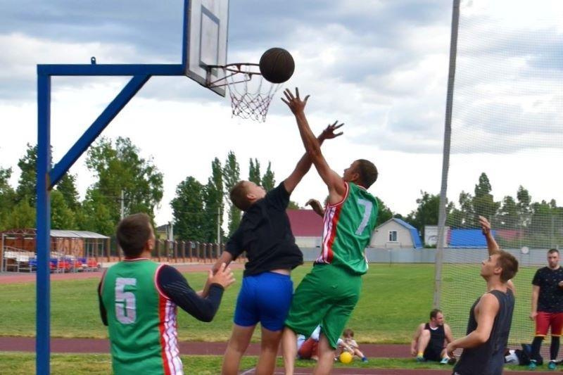 Чемпионат района по стритболу в Лебедяни