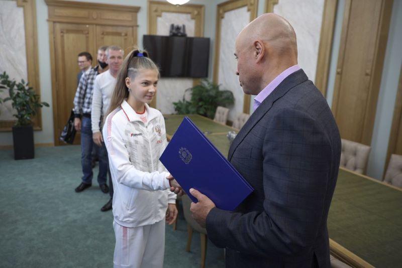 Диана Сикстус на приеме у главы администрации области