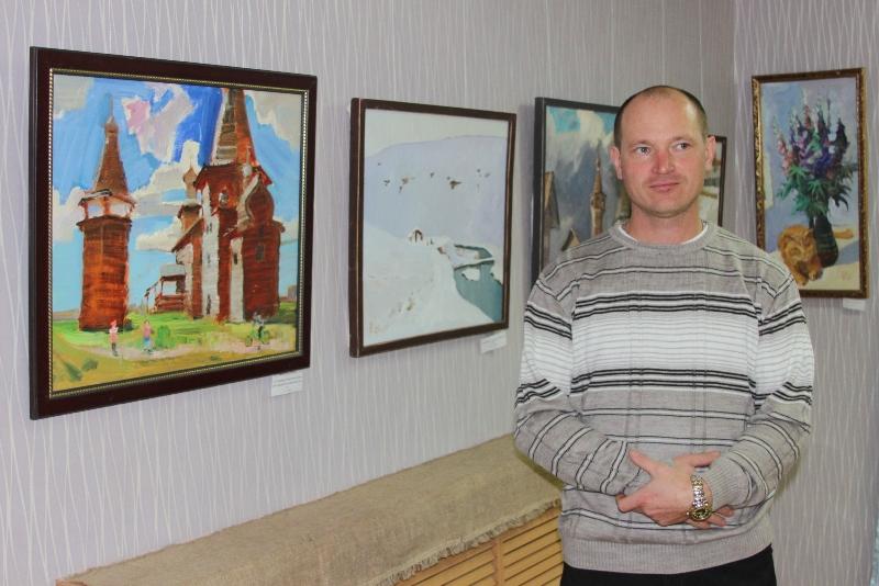 В Лебедяни открылась выставка Петра Космакова